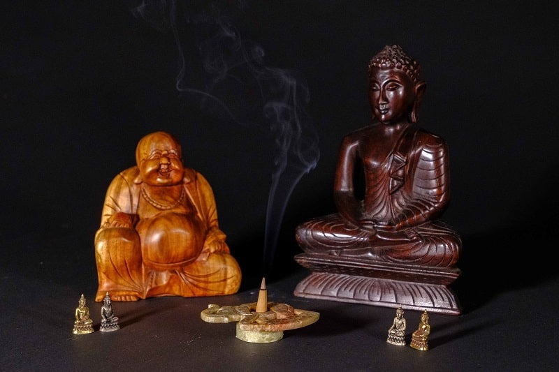 Boeddah met wierook | Wereldwinkel Ermelo